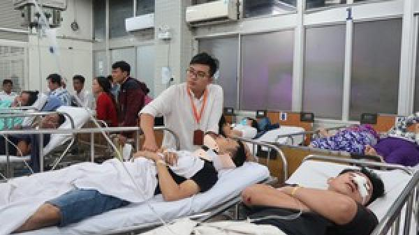 5 nạn nhân vụ tai nạn ở Long An đang được cấp cứu tại Bệnh viện Chợ Rẫy