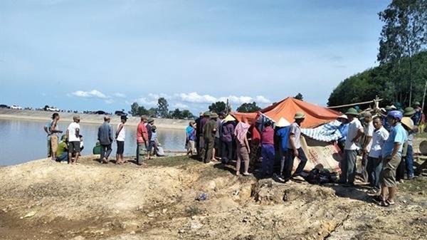 Bà Rịa – Vũng Tàu: Đi câu cá, 2 học sinh lớp 6 trượt chân chết đuối