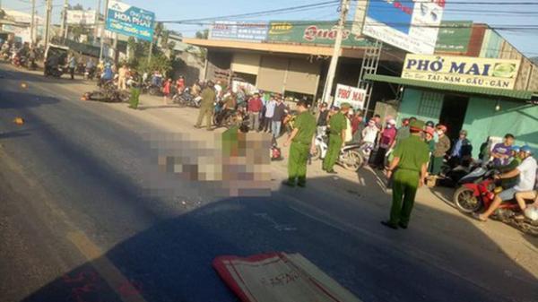 Hai cha con tử vong dưới bánh xe tải trên đường đi khám bệnh