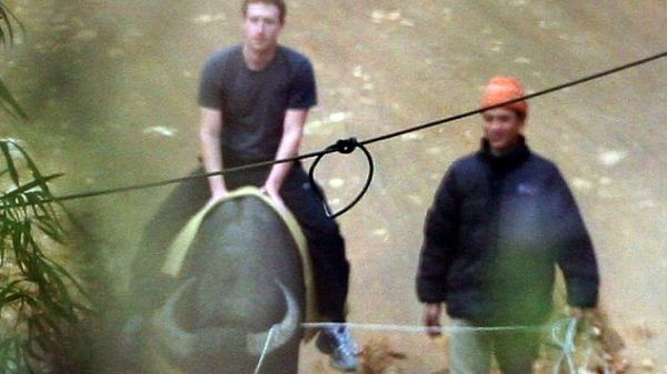 Sáng mai, Mark Zuckerberg sẽ đến Việt Nam