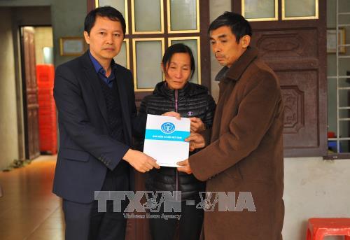 Chia sẻ khó khăn với gia đình Đinh Hữu Dư-Phóng viên người Ninh Bình bị lũ cuốn ở Yên Bái