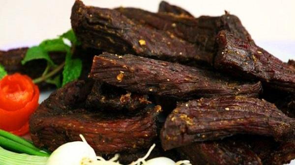 Thịt trâu khô - Đặc sản vùng phía Tây Yên Bái