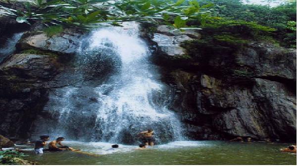 Yên Bái: Khám phá vẻ đẹp hoang sơ của thác Kiên Thành