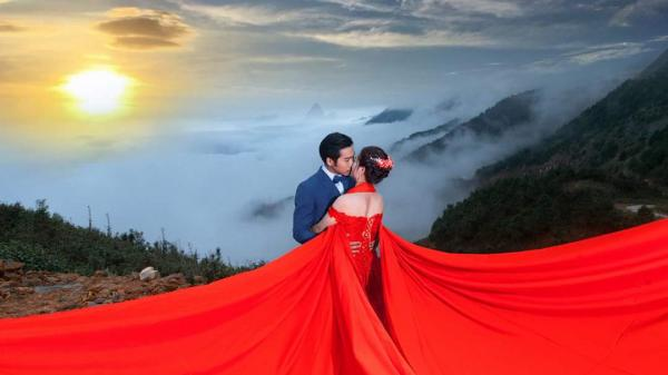 Ngẩn ngơ ngắm những bức ảnh cưới chụp ở biển mây Tà Xùa - nơi giao thoa đất trời