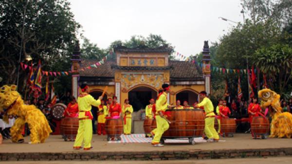 Tưng bừng hội làng Khả Lĩnh - Đại Minh