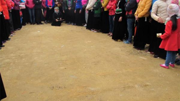 Người dân Yên Bái nhộn nhịp bên các trò chơi dân gian trong lễ hội Rằm tháng Giêng ở Mường Lò