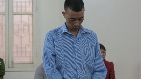 Bênh anh trai, thanh niên đâm chết người vào quán hát rồi bỏ trốn lên Yên Bái