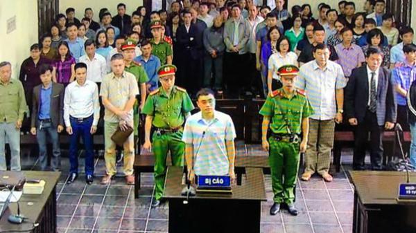 """3 năm tù cho cựu nhà báo """"cưỡng đoạt tài sản"""" ở Yên Bái"""