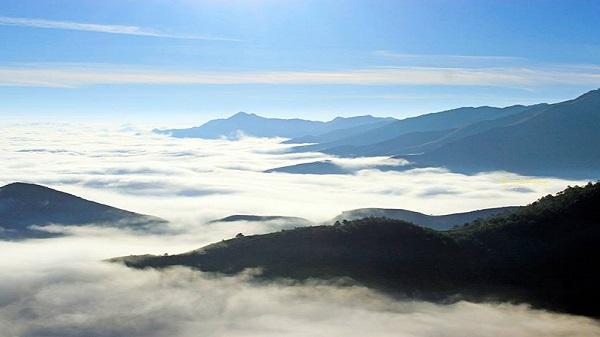 Yên Bái lọt tốp 3 trong 8 thiên đường mây đẹp nhất Tây Bắc