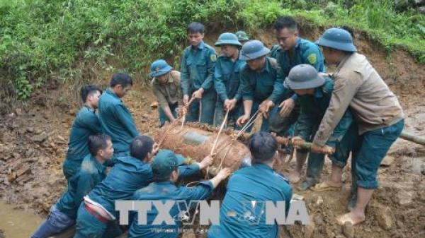 Ban Chỉ huy Quân sự huyện Văn Yên - Ban Công binh, Bộ Chỉ huy Quân sự tỉnh Yên Bái quyết định hủy nổ quả b.om Mỹ nặng 350 kg nằm gần đường sắt Hà Nội - Lào Cai