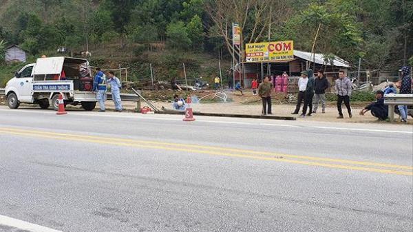 Ph.á rào lập lối đi, mở hàng quán trên cao tốc địa phận Yên Bái, Lào Cai