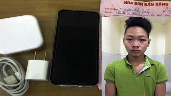 Vờ xem hàng, nam thanh niên cầm điện thoại iPhone bỏ chạy