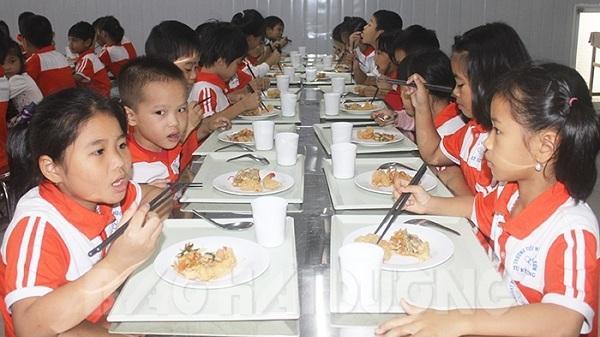 Bếp ăn mô hình Nhật Bản đầu tiên trong trường học