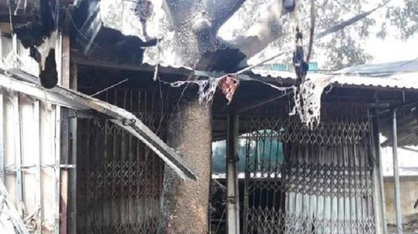 Cháy ki-ốt, người dân không thể tiếp cận: Cháu bé tử vong