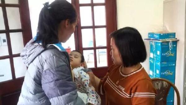 Sự thật bất ngờ bé trai 3 tuổi ở Hải Dương bị bỏ rơi trước cửa nhà