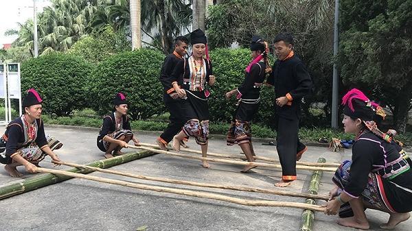 Độc đáo âm nhạc của người Khơ Mú, Điện Biên