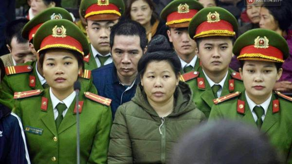 Xét xử mẹ nữ sinh giao gà ở Điện Biên: Trần Thị Hiền tiếp tục kêu oan, khai không quen biết bị cáo Công, Hùng