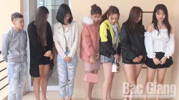 Tân Yên (Bắc Giang): Ph.át hiện 13 thanh niên nam nữ b..a.y l.ắ.c trong quán hát karaoke X-men