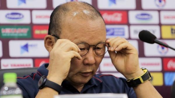 """Loại Thái Lan, HLV Park phát biểu: """"Tôi vừa trải qua 3 trận đấu vất vả nhất sự nghiệp"""""""