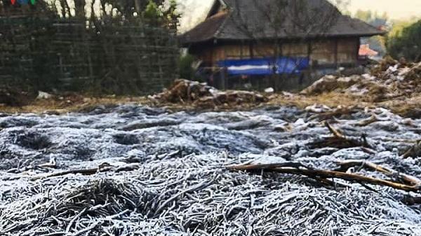 Nền nhiệt tại Điện Biên tiếp tục xuống thấp, nhiều địa phương xuất hiện băng mỏng