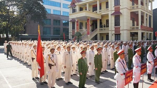 Hàng trăm cán bộ công an chính quy về xã ở Hải Dương: Vẫn còn khó khăn