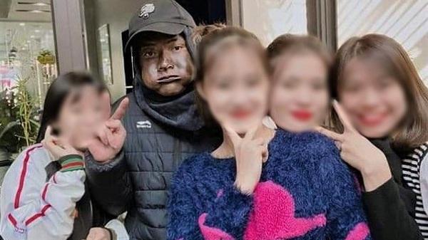 Hoá trang 'người mặc đồ đen': Sống ảo nhưng… đi tù là thật