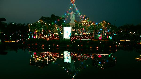 Giáng sinh ở Thánh đường công giáo hơn 100 năm tuổi
