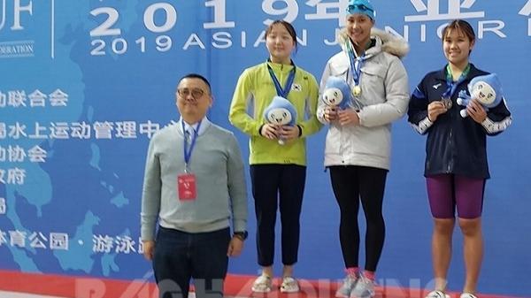 Nữ kình ngư Hải Dương lần đầu tham dự giành 10 huy chương Giải lặn vô địch châu Á