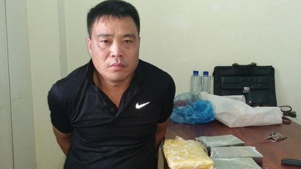 Điện Biên: Bắt đối tượng mua bán 4 bánh heroin, 6.000 viên ma túy