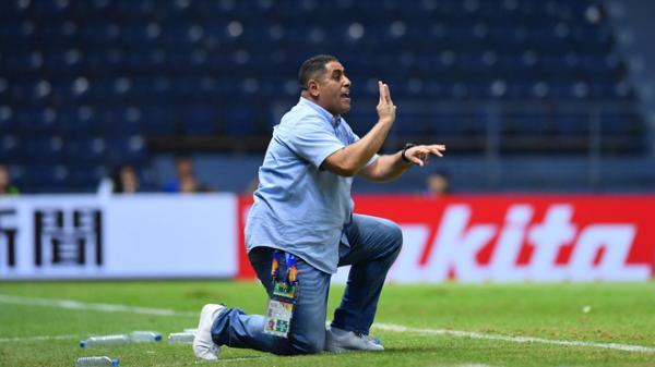 """HLV U23 Jordan nói gì khi nghe thuyết âm mưu """"bắt tay UAE để loại Việt Nam"""" khỏi VCK U23 châu Á 2020?"""