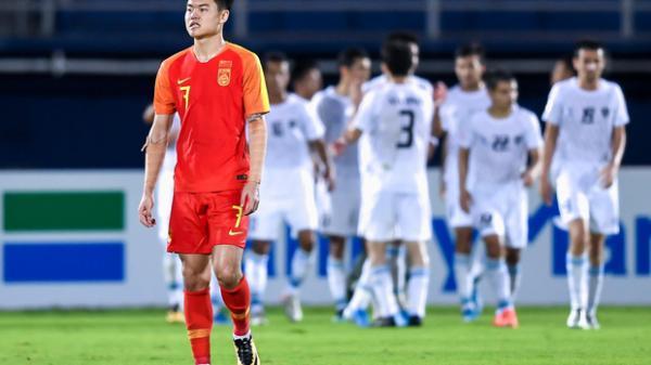 Báo Trung Quốc bình luận gây sốc: U23 Việt Nam cuối cùng đã lộ rõ sự yếu kém và họ sắp phải đối mặt với nỗi đau bị loại sớm