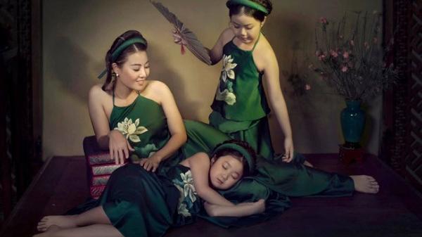 """Diễn viên Thanh Hương hé """"lộ"""" ảnh hai con gái xinh xắn, ai cũng xuýt xoa"""
