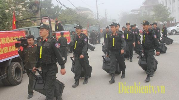 Điện Biên: Tăng cường hàng trăm cán bộ, chiến sỹ xuống cơ sở bảo đảm an ninh - trật tự
