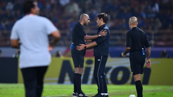 """Uất ức với quả penalty """"bí hiểm"""", Thái Lan gửi khiếu nại lên AFC, đòi một câu công bằng"""