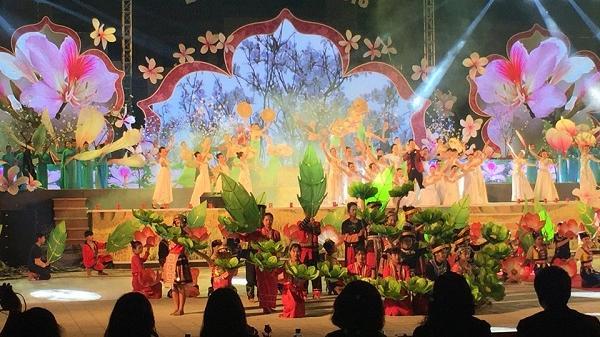 Nhiều hoạt động Văn hóa đặc sắc trong Lễ hội Hoa Ban năm 2020