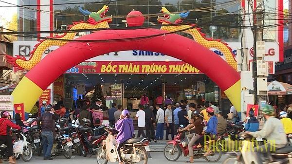 Điện Biên: Giá cả hàng hóa ổn định ngày giáp tết