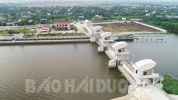 Cống Cầu Xe, An Thổ bị nhiễm mặn cao nhất trong nhiều năm