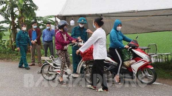 Nam Sách phạt 14 người không đeo khẩu trang nơi công cộng