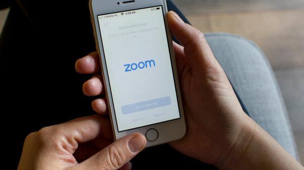 Phần mềm Zoom bị cấm sử dụng để học trực tuyến