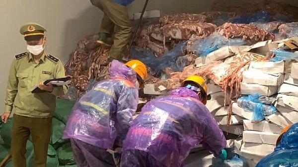 Phát hiện hơn 72 tấn lòng lợn bốc mùi không rõ nguồn gốc