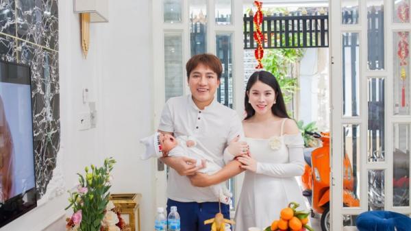 Ca sĩ Châu Khải Phong bị tố bạc bẽo, bỏ rơi và dồn vợ con vào đường cùng