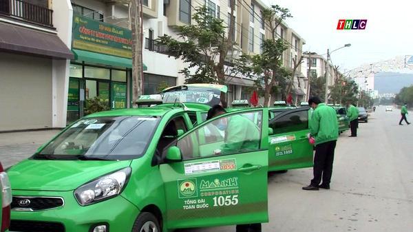 Các hãng taxi ở Lào Cai hoạt động trở lại sau thời gian giãn cách xã hội