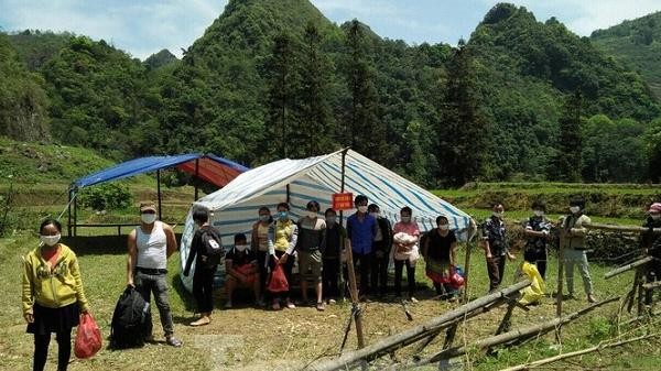 Lào Cai: Gian truân giám sát lao động từ Trung Quốc về nước qua đường mòn