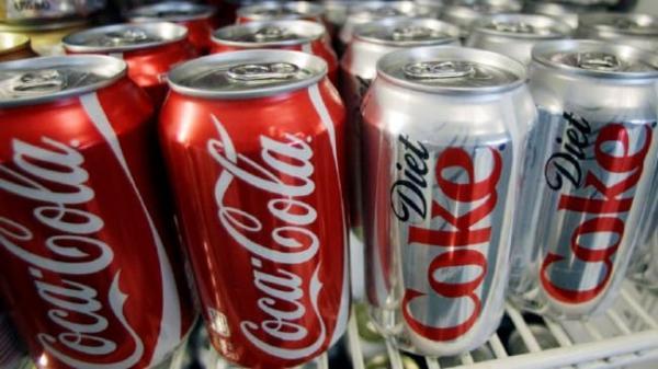 """Không chỉ """"vô dụng"""" với việc giảm cân, Diet Coke còn khiến ta thèm ăn hơn!"""