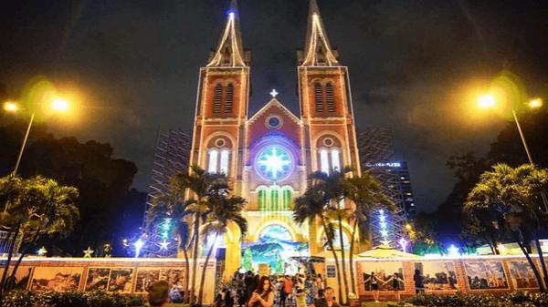 10 địa điểm đi chơi Noel đẹp ngất ngây ở Sài Gòn