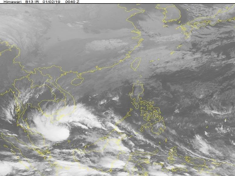 Hình ảnh mây vệ tinh cho thấy cơn bão dự kiến sẽ tăng cấp.