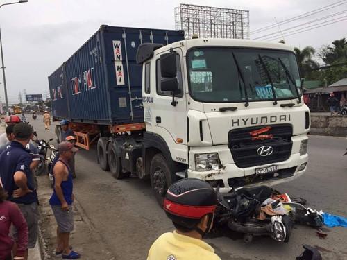 Chiếc xe đầu kéo container do tài xế tên Phạm Thành Hiếu gây tai nạn kinh hoàng.