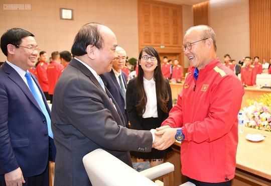 Thủ tướng gặp mặt, biểu dương đội tuyển Việt Nam chiều 21-12-2018 vừa qua - Ảnh: Chinhphu.vn.