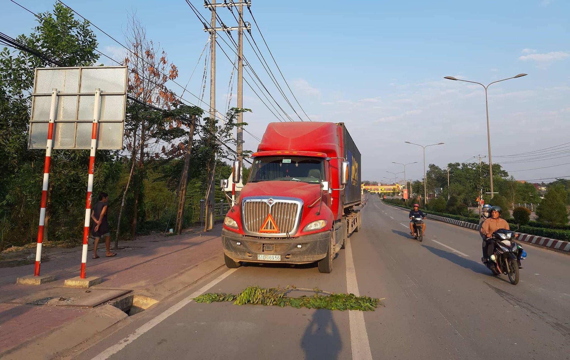 Xe container liên quan đến vụ tai nạn khiến 2 vợ chồng t.ử v.ong, 2 con thơ bị th.ương nặng.
