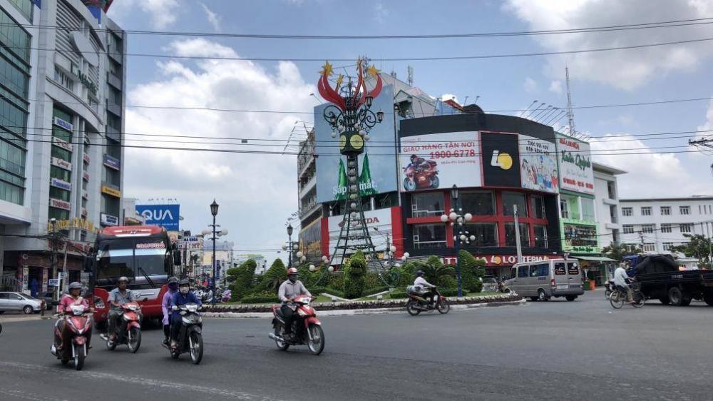 Tháng 6, TP Long Xuyên áp dụng hệ thống camera xử lí vi phạm giao thông.